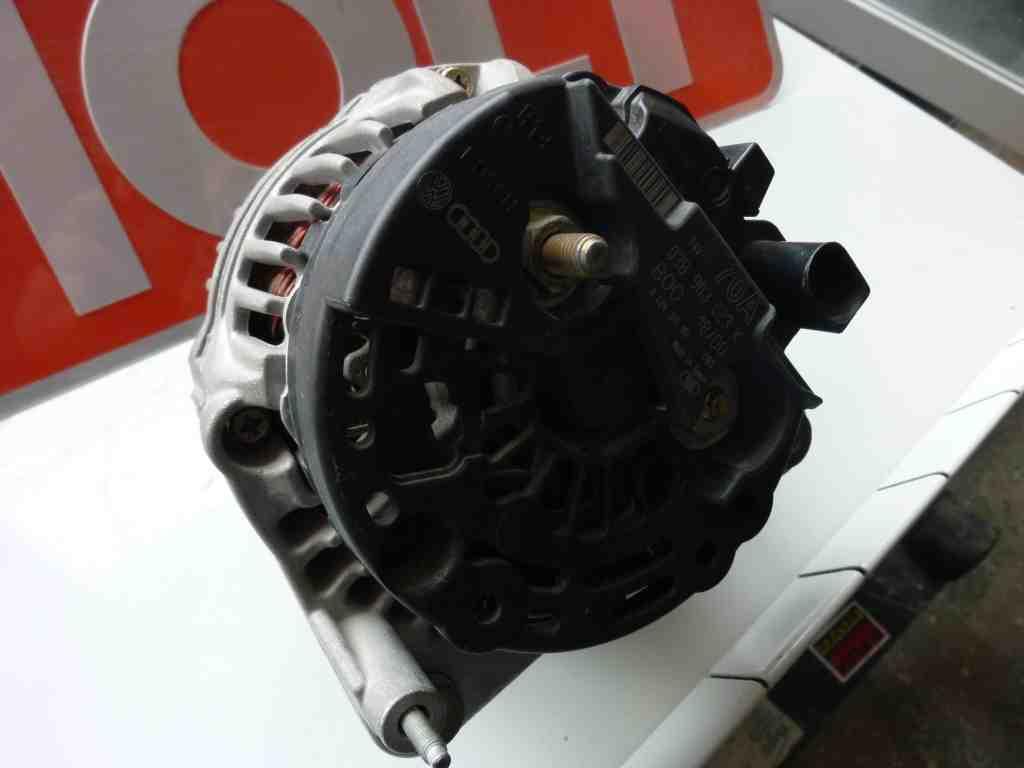 0 124 315 001 Original Генератор  VW/Audi/SKODA B/D/TDI 91 - (70A), зображення 1