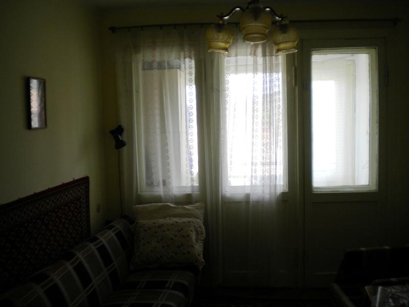 Продається 3-ох кімнатна квартира у м.Берегово поряд з Басейном, зображення 1