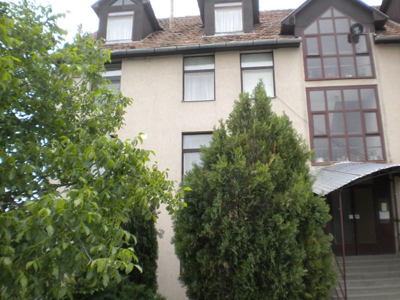 Продається 3-ох кімнатна квартира у м.Берегово, зображення 1