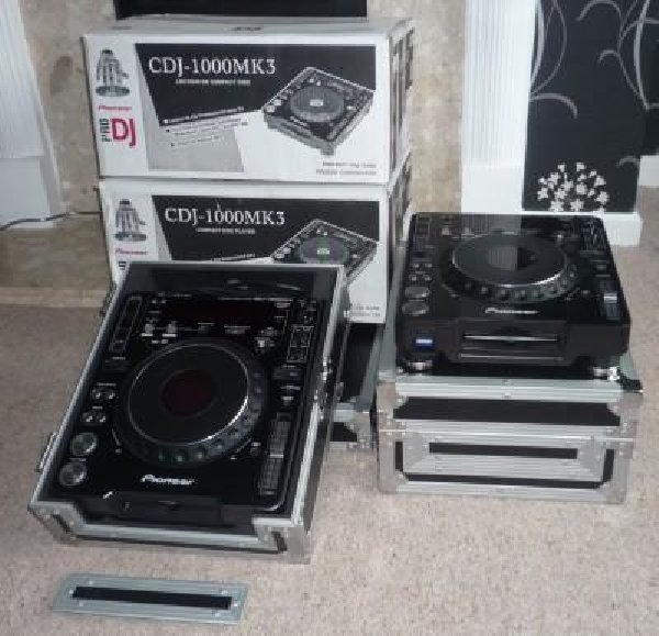For Sale 2X Pioneer CDJ-850 + DJM-850 Mixer Package, зображення 1