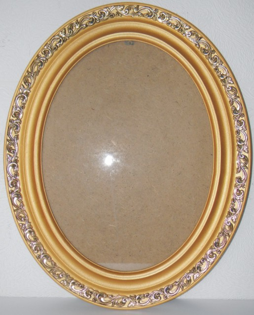 Рамка 30х40 см овальної форми з дерев'яного багету від виробника, зображення 1