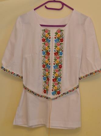 Продам жіночу вишиванку, зображення 1