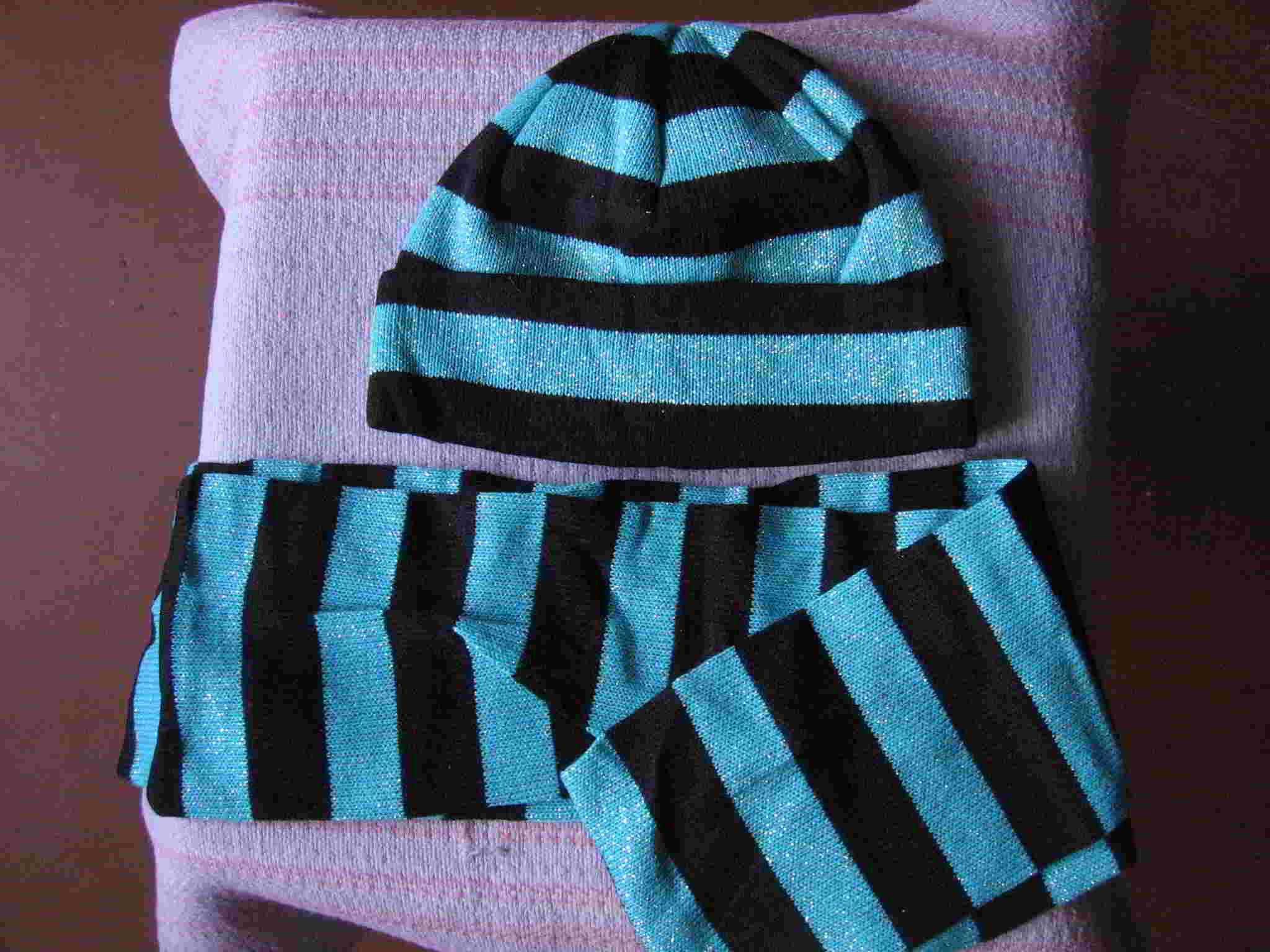 Шапка и шарф женские, зображення 1