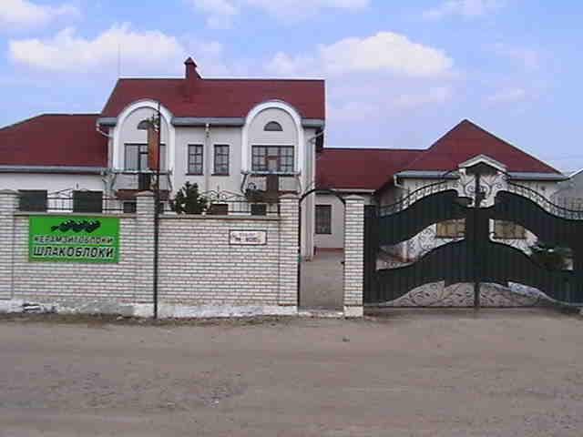 Здаю дешево (від 18,00грн/м.кв) виробничо-складські приміщення по вул.Польовій,3, зображення 1