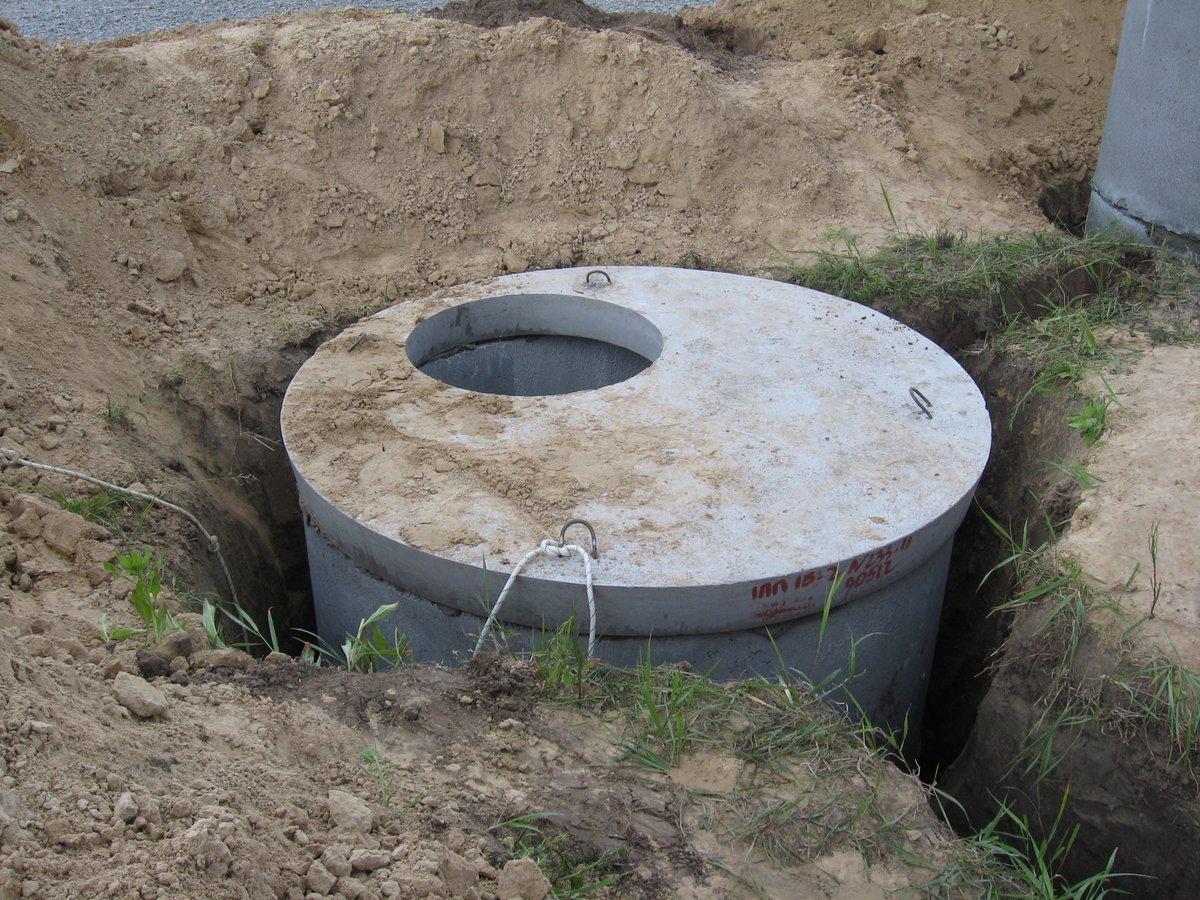 установка выгребной ямы под ключ