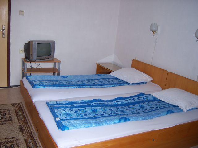 Сдаю комнатьi для отдьiха в частном секторе в г. Поморие,Болгария, зображення 1