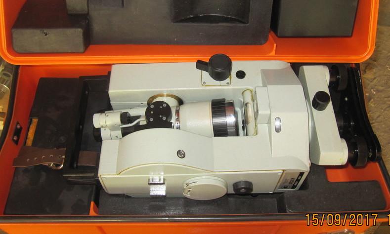 Оптический теодолит УОМЗ 3Т2КА, зображення 1
